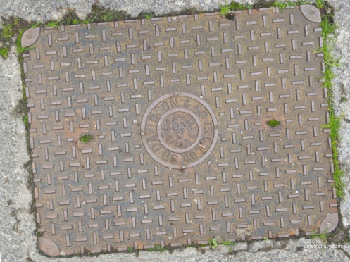 petemcnally_manholecover_diffuse